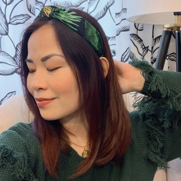 New tropical print headband with knot detail
